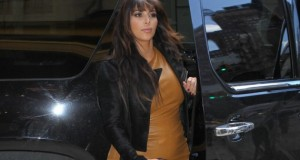 veste-demie_saison-kim_kardashian