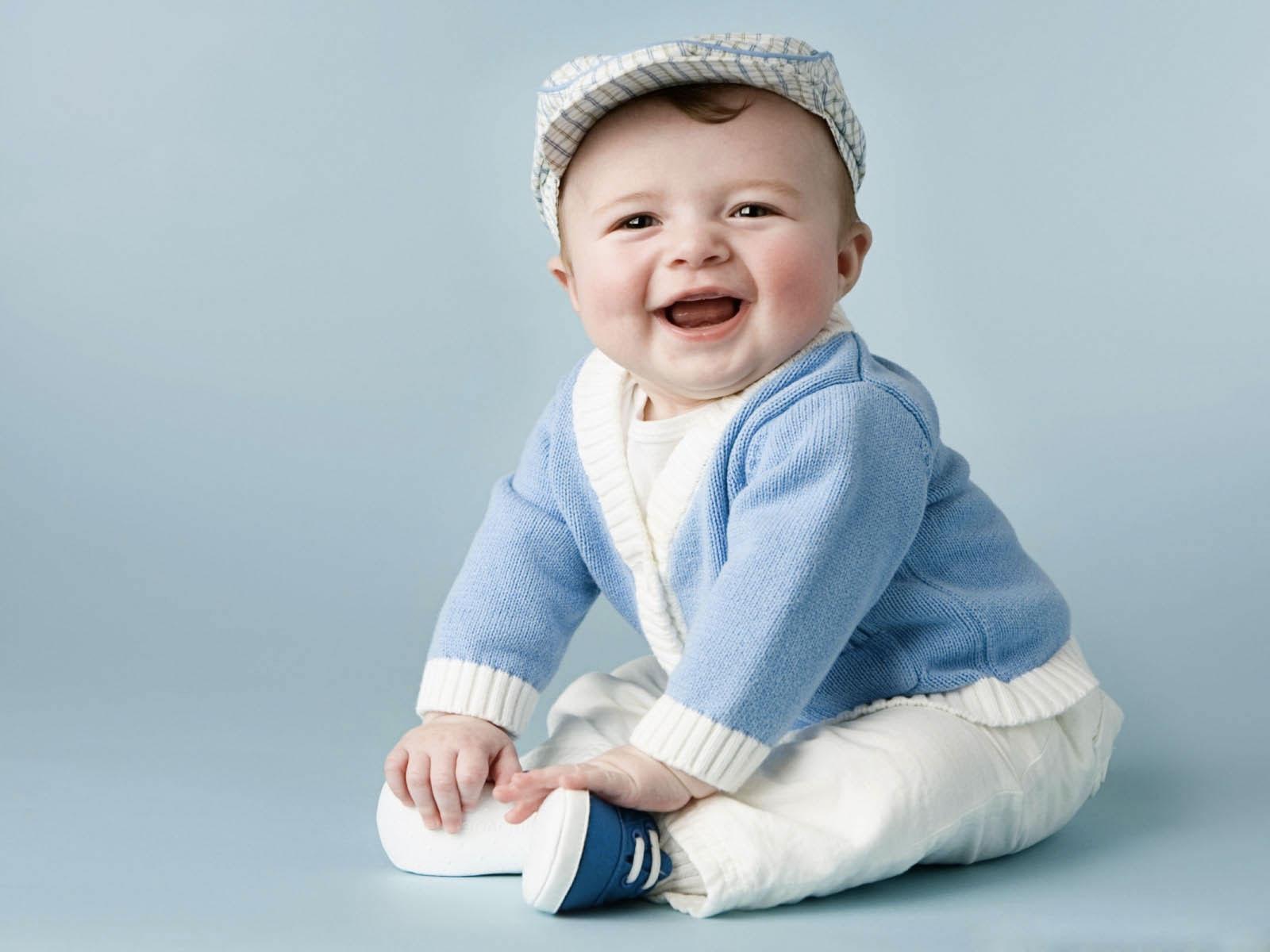 Arr te ta com die les enfants de 18 mois ont de l 39 empathie for Bureau bebe 18 mois