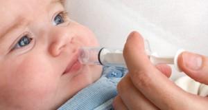 donner-medicaments-bebe