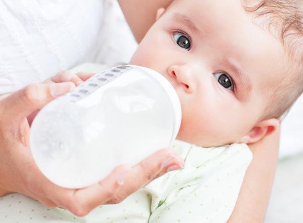 quantite-lait-bebe