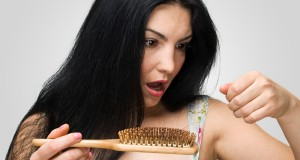 perdre-cheveux-apres-grossesse