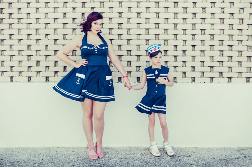 The-Misadventures-of-a-Little-Girl-Adopted-into-a-Mad-World10__880