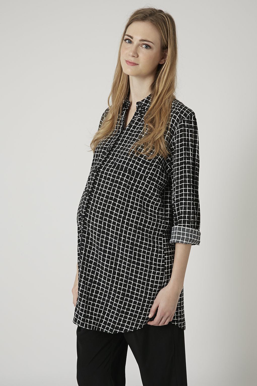 Chemise longue à gros carreaux Maternité Topshop, 57 €