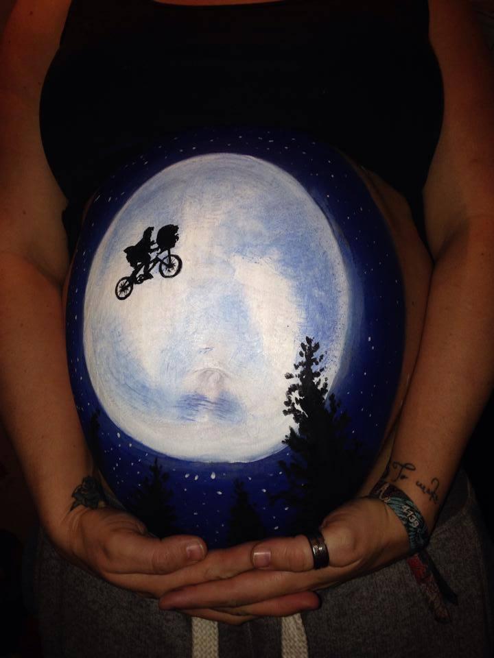 Super Le belly painting ou l'art de peindre le ventre des femmes enceintes XI68