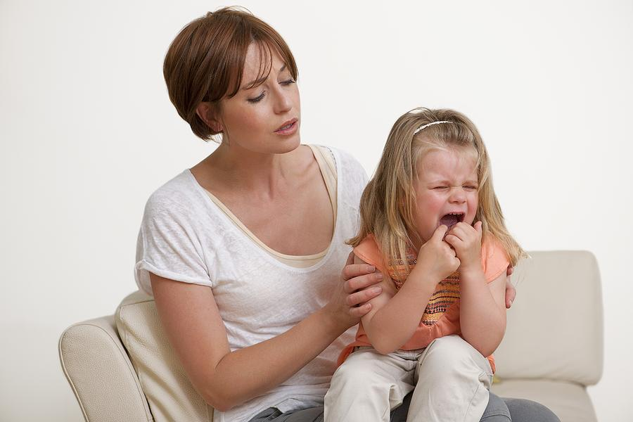 should children be spanked In my opinion, you should not be spanking your children at all i used to get spanked nearly everyday by my father, and it was a very terrible thing to go through, and it damaged my relationship with him please don't physically hurt your children.