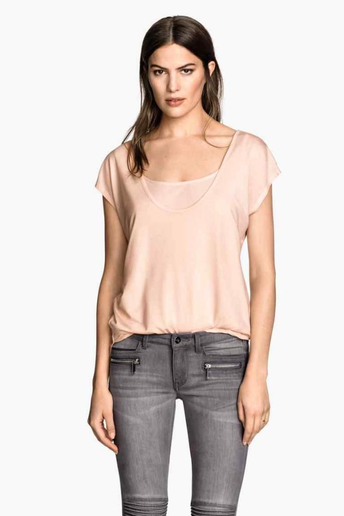 Top d'allaitement Mama pour H&M (existe en rose poudré et en gris chiné), 14,99 €
