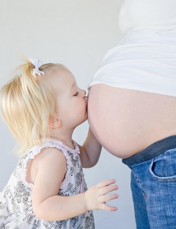 T moignages de futures mamans quand et comment annoncer - Grossesse apres fausse couche sans retour de couche ...
